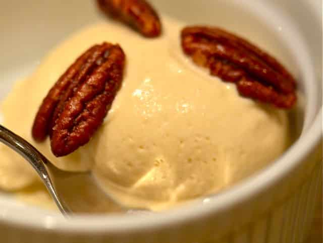 maple-syrup-ice-cream-with-salty-buttered-pecans-2