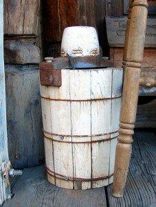 Old Bucket Ice Cream Maker 227x300 1